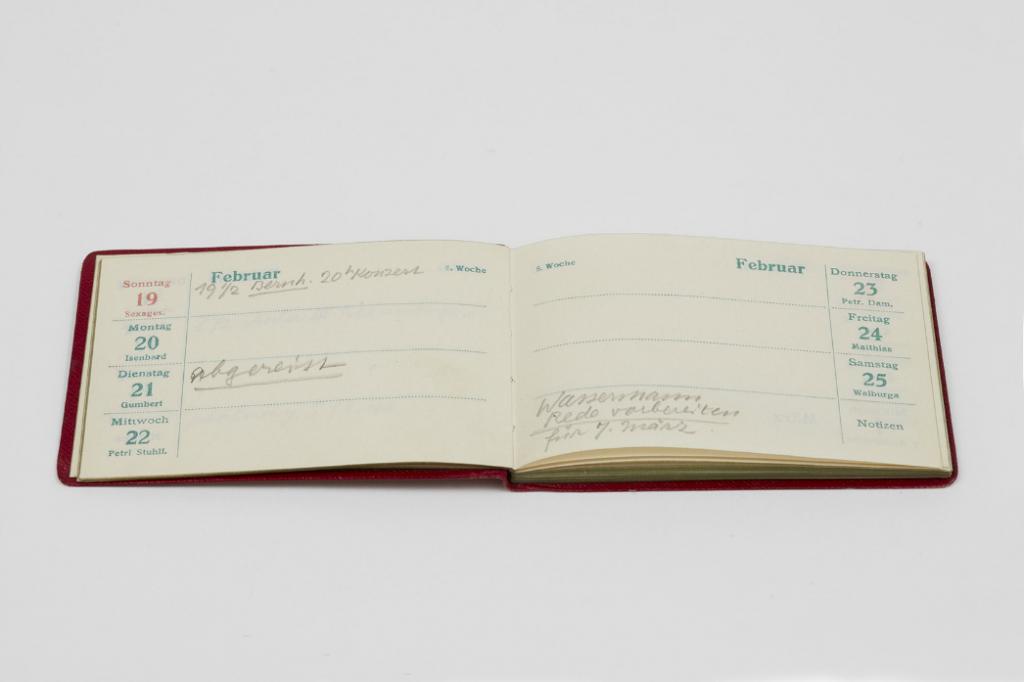 Taschenkalender von Heinrich Mann, Eintrag vom 21. Februar 1933, Fotograf: Nick Ash, © Akademie der Künste, Berlin